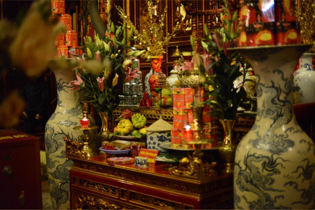 Autel de prières à la pagode